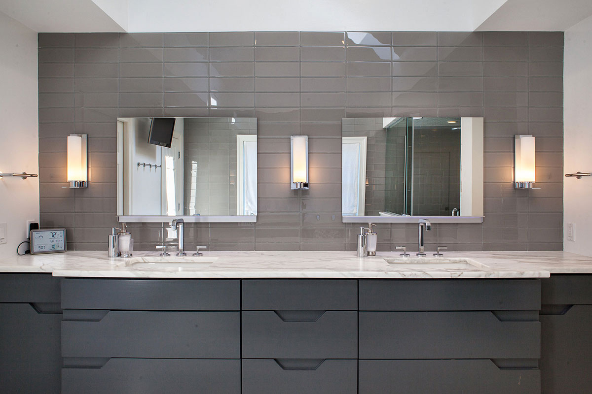 Transitional Master Bathroom | MedTile